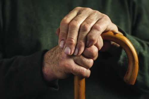 טיפול פסיכולוגי בתהליכי זקנה והזדקנות