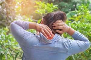 כאב פיברומיאלגיה בגב עליון